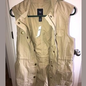 NWT GAP Tan Hooded Long Vest Small